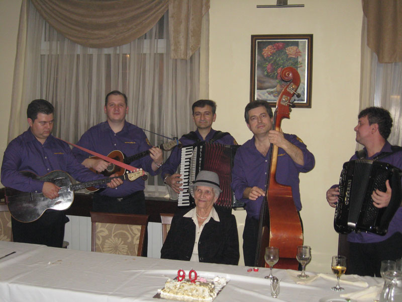 90-ti rođendan – restoran Tara – Borča
