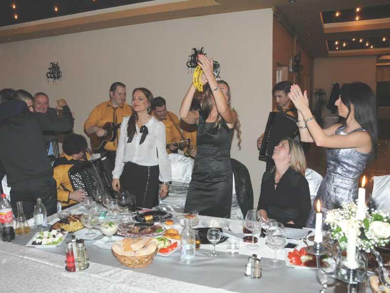 Veselje – Proslava godišnjice braka – Mladenovac